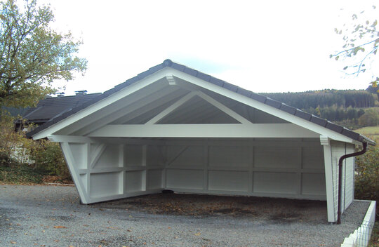 Fertiggestellter Carport